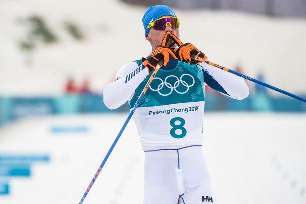 Iivo Niskanen nappasi kultaa Pyeongchangin 50 kilometrillä.