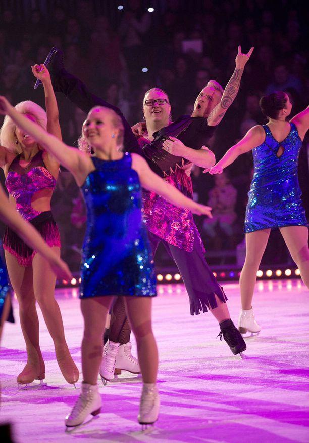Dancing On Ice -kisan finaalissa luistelevat vastakkain Arttu Wiskari ja Sauli Koskinen.