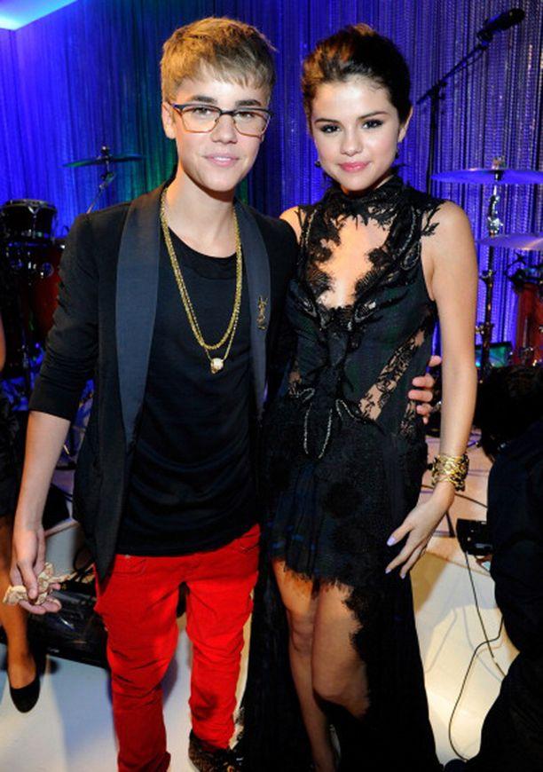 Justin Bieber ja Selena Gomez oli odotetuin pari vuonna 2011.