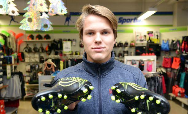 Hakan Niilo Mäenpää sai hyvää palautetta Bresciasta.