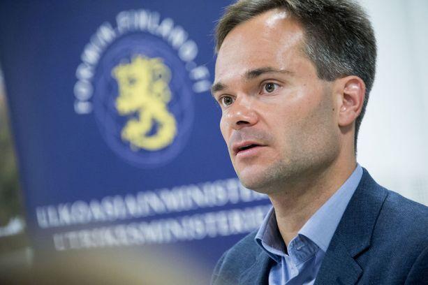 Ulkomaankauppa- ja kehitysministeri Kai Mykkänen vieraili viime viikolla Valko-Venäjällä. Hänen mielestään maa on nyt tienhaarassa.