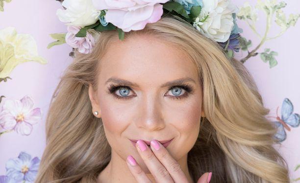 Entinen Miss Suomi ei poissulje lasten tekemistä tulevaisuudessa, vaikkei sille toistaiseksi ole tuhlannut kovin paljon ajatuksia.