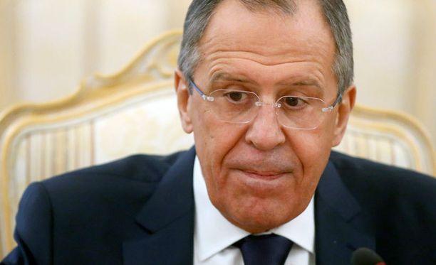 Lavrov kiisti sinnikkäästi keskiviikkoisessa lehdistötilaisuudessaan Venäjän lähettäneen joukkoja Ukrainaan.