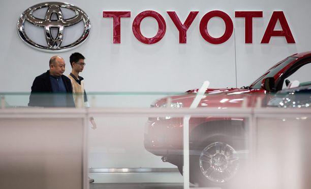 Jättimäinen takaisinkutsu koskee lähes kolmea miljoonaa Toyotan katumaasturia.