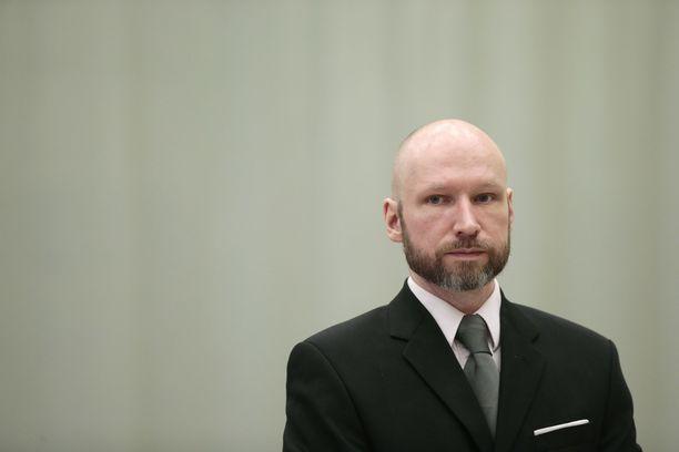 Anders Behring Breivik vaihtoi nimensä Fjotolf Hanseniksi vuonna 2017.