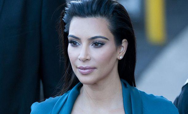 Kim Kardashian on menestynyt kosmetiikkayrittäjä.