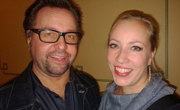 Näyttelijäpariskunta Heikki ja Kaisa Hela vihittiin Tampereella. Pariskunnan häissä oli yli 120 vierasta.