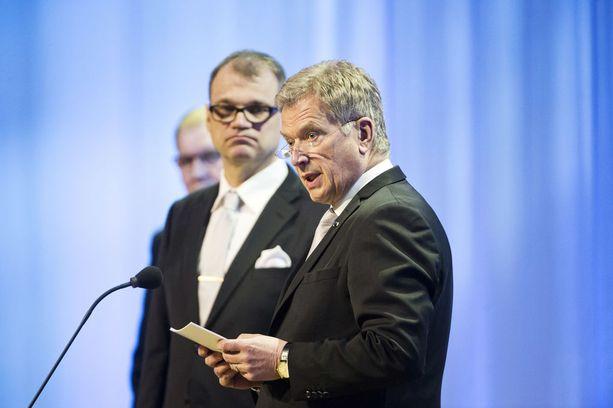 Sauli Niinistö oli eri kannalla hallituksen jatkosta kuin Juha Sipilä.