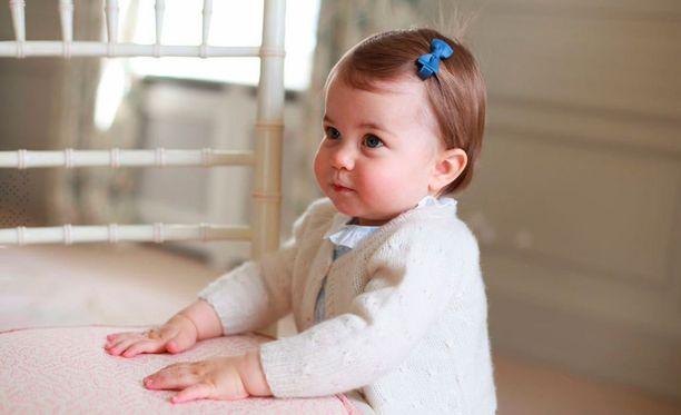 Yksivuotiaalla prinsessa Charlotella on nyt hamsteri lemmikkinä.