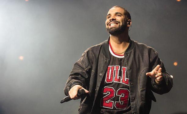 Drake on yrittänyt pitää yksityiselämänsä mahdollisimman salassa.