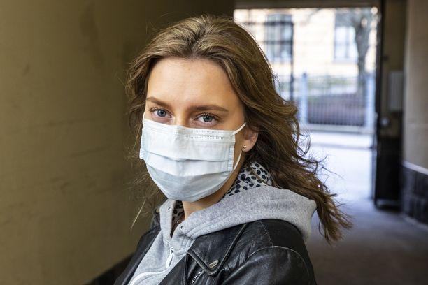 Suojavarusteet ja ennen kaikkea niiden puute ovat olleet yksi Suomen suurimmista puheenaiheista koronavirusepidemian aikana.