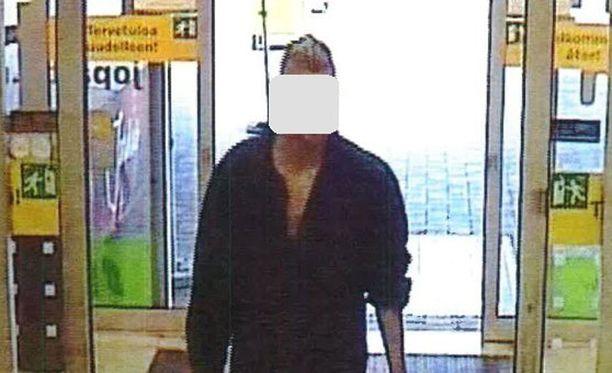 Loviisan murhasta syytetty tallentui videokameralle kaupassakäynnin yhteydessä.