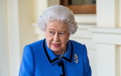 Tiesitkö? Kuningatar Elisabet kouluttautui toisessa maailmansodassa mekaanikoksi – Harvinaiset kuvat julki