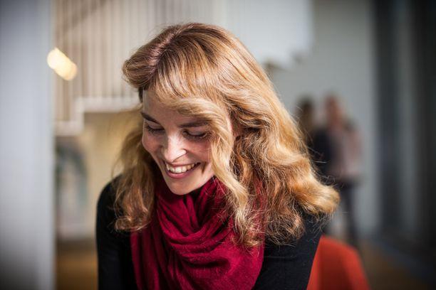 Irina Björklund viihtyy tänä vuonna Suomessa marraskuusta aina loppuvuoteen saakka.