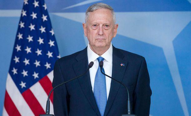 Yhdysvaltain puolustusministerin James Mattisin selvensi maansa sitoutumista Natoon.