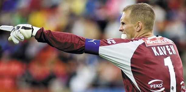 Mikko Kavén pelannee lauantaina vierasottelussa HJK:ta vastaan.