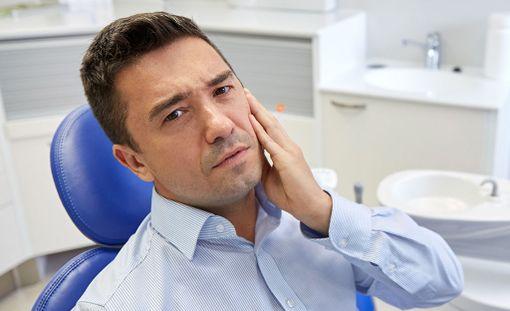 Pienet infektiot saadaan hoidettua avoterveydenhuollon päivystyksessä, kunhan potilas hakeutuu hoitoon heti hammassäryn tai turvotuksen ilmennyttyä.
