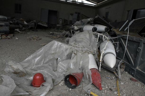 Suurin osa raketeista on kelvottomia, osa edelleen purkamatta.