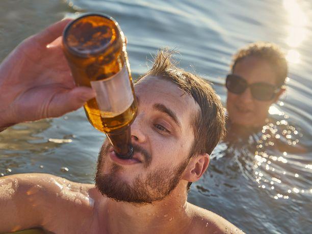 Melkein puolet kaikesta suomalaisten kuluttamasta alkoholista on olutta.