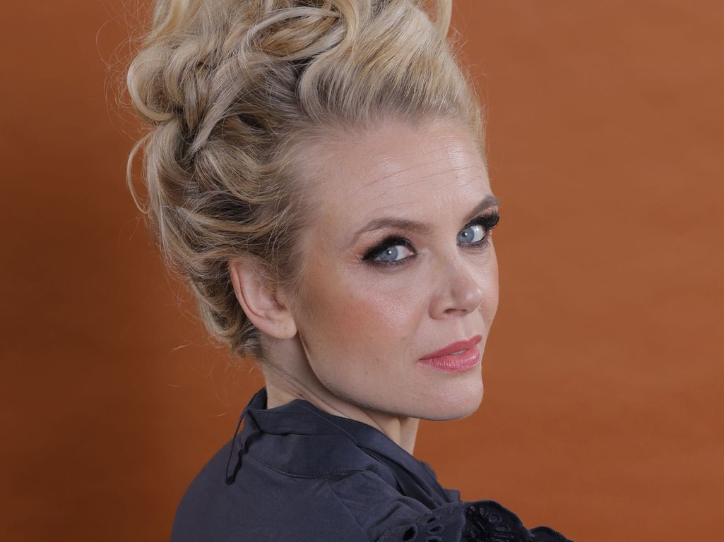 Susanna Laine on työskennellyt juontajana 20 vuotta. Haave urasta näyttelijänä on aina kytenyt mielessä.