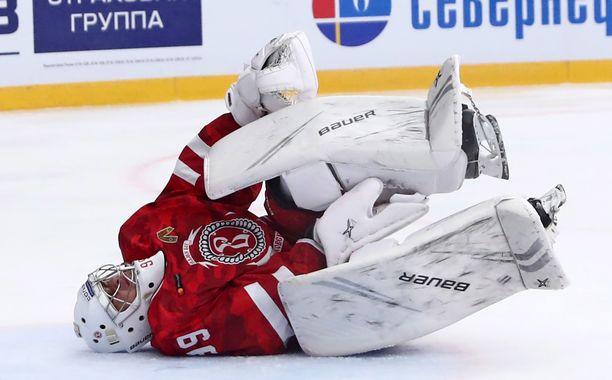 Aleksandr Samonov on seissyt päällään alkukaudesta.