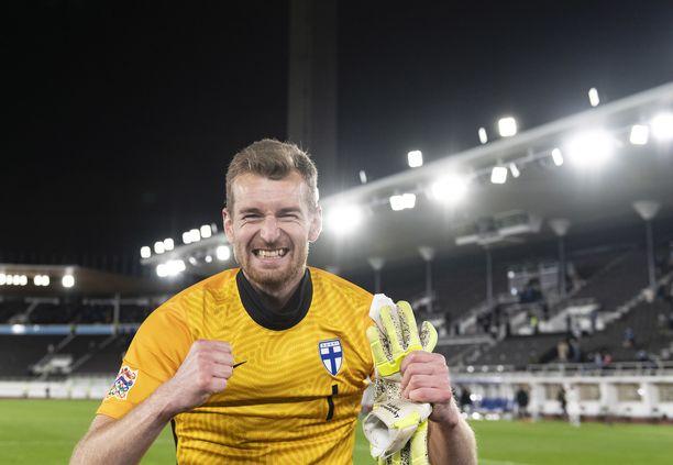Lukas Hradecky on eniten maaotteluita pelannut suomalaisveskari.