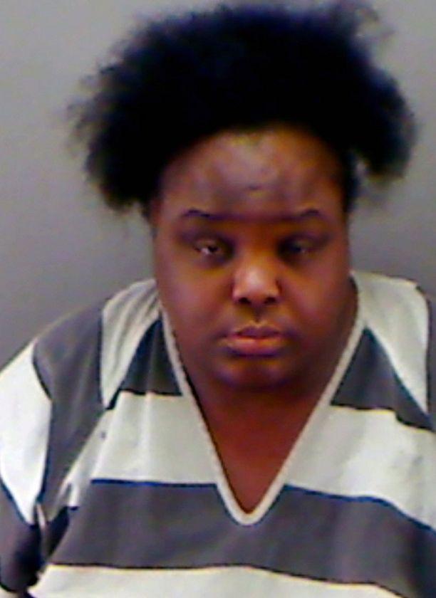 Rehtorin mukaan 34-vuotias nainen käyttäytyi kuin kuka tahansa 15-16-vuotias.