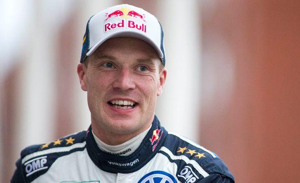 Jari-Matti Latvala testasi Toyotaa Korsikalla.