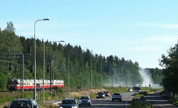 Tulipalot aiheuttivat viivästymisiä junaliikenteeseen.