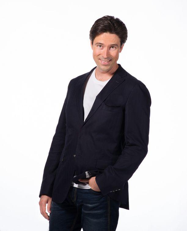 Uutisankkuri Jussi-Pekka Rantanen sai kunnian kertoa Suomen pisteet Eurovision -laulukilpailun suorassa lähetyksessä.