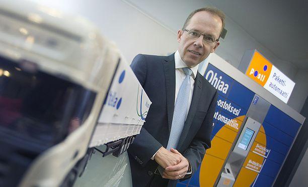 Kuvassa Postin toimitusjohtaja Heikki Malinen.