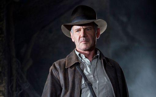 Kummitteleeko Indiana Jonesin kuvauspaikalla? Tuotannon väki kieltäytyy menemästä kauhulinnan vanhaan osaan