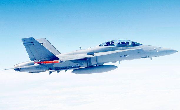 Yhdysvaltojen hävittäjät saapuvat toukokuussa Karjalan lennoston vieraaksi Rissalaan.