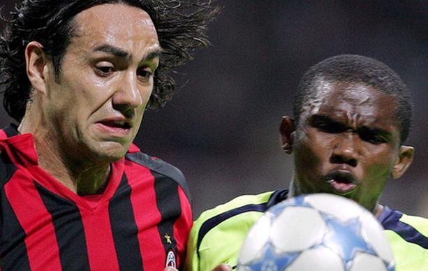 Milanin Alessandro Nesta ja Barcelonan Samuel Eto'o taistelivat viime kaudella Mestarien liigan välierissä.
