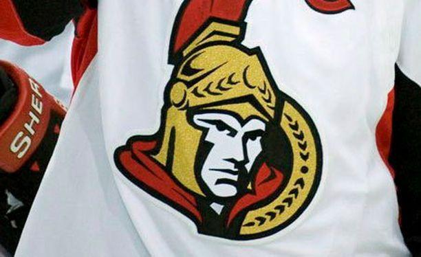 Ottawa Senatorsin apulais-GM:ää Randy Leetä syytetään ahdistelusta. Kuvituskuva.