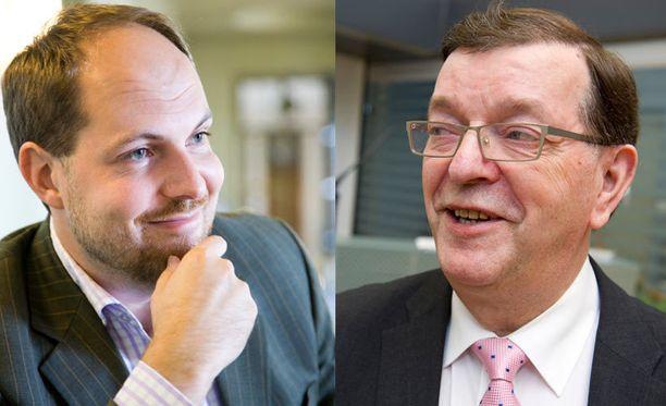 Tuomo Puumala ja Paavo Väyrynen ovat keskustan puoluejohtajakisan gallupsuosikit.