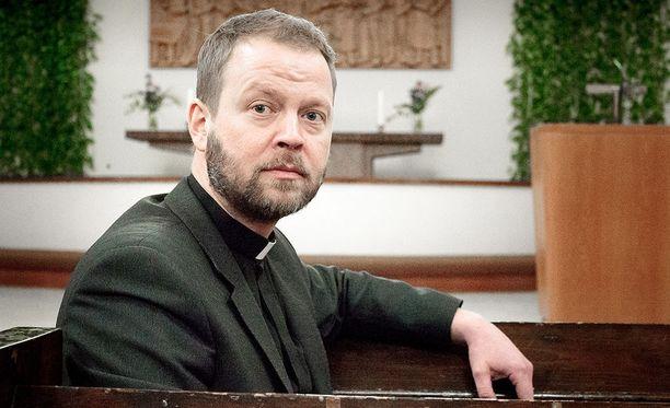 Helsingin piispaksi valittu Teemu Laajasalo toimii Kallion seurakunnan kirkkoherrana ja Helsingin seurakuntayhtymän johtajana.