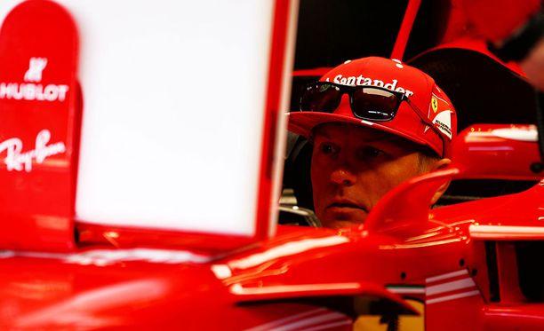 Kimi Räikkösen lisenssiin merkattiin Span kilpailusta kolme rangaistuspistettä.