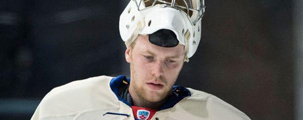 Mikko Koskisella ei koppi tarttunut Lokomotiv-ottelun avauserässä.