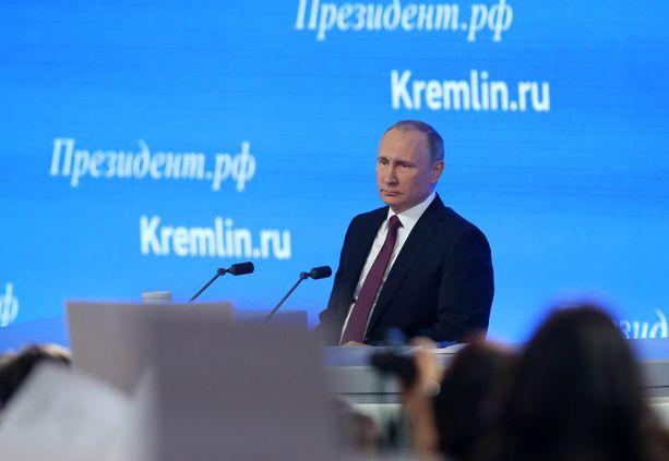 Putinin lehdistötilaisuus kesti edellisvuosien lailla tunteja.