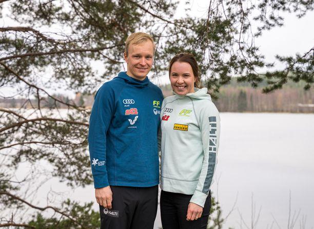 Juho Mikkonen valmentaa puolisoaan Kerttu Niskasta.
