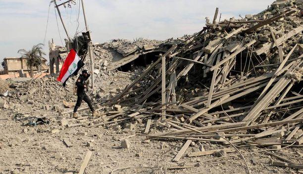 Irakin armeija valtasi Ramadin kaupungin takaisin itselleen ennen vuodenvaihdetta. Ramadin kaupunki ehti olla Isisin hallinnassa toukokuusta saakka.