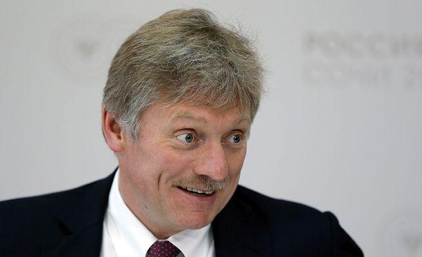 Kremlin tiedottaja Dmitri Peskov on paljon esillä julkisuudessa, sillä Venäjän presidentti kommentoi usein tilanteita hänen kauttaan.