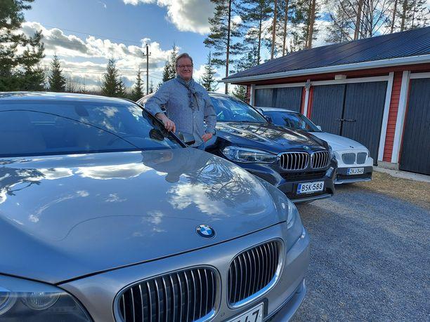 Jari Lievosen ja hänen perheensä suosikkiautomerkki ei jää epäselväksi. Rinta-Joupin Autoliike on palvellut Lievosia jo useiden vuosien ajan.