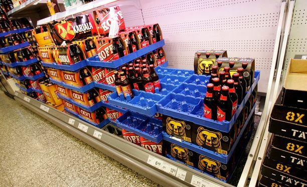 Perussuomalaisten ryhmä myös sallisi alkoholin myynnin kaupoissa kello 7-23 välisenä aikana.