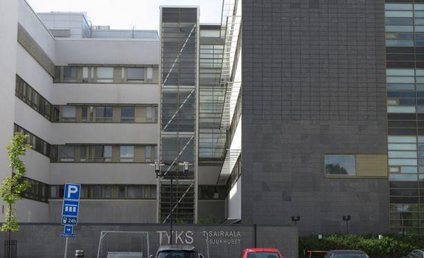 Sairaalahoidossa olevaa epäiltyä on pystytty kuulustelemaan sunnuntaina.