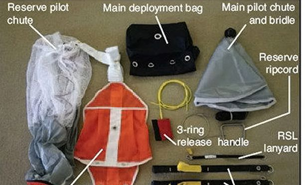 Oikeudessa käytiin läpi laskuvarjon toimintaa ja turmavarjosta havaittuja seikkoja.