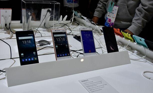 Uudet Nokia-älypuhelimet asettuvat keskihintaisten laitteiden kategoriaan.