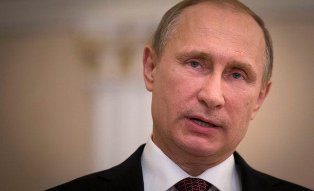 Dosentin mukaan Suomella on asialliset ja hyvät suhteet Putinin Venäjään.