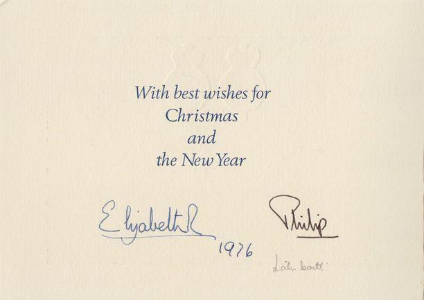Kuningatar Elisabetin joulutervehdyksessä vuodelta 1976 oli mukana perhepotretti.